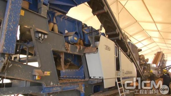 克磊镘移动破碎筛分设备