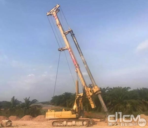北京中车重工TR288FL型旋挖钻机