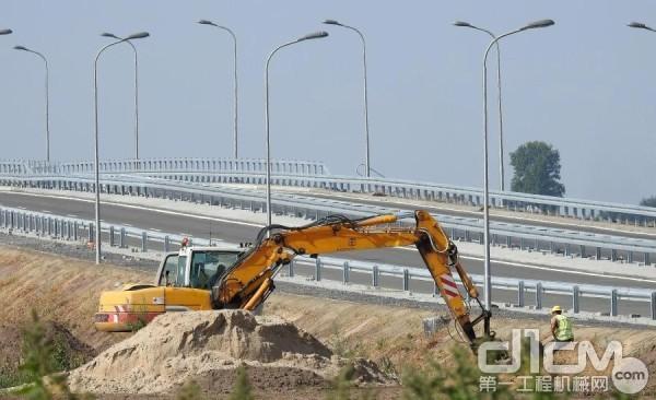 济南加强非道路移动机械排放管理