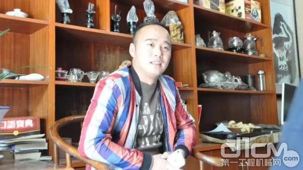 昌泰工程机械租赁有限责任公司的老板李军