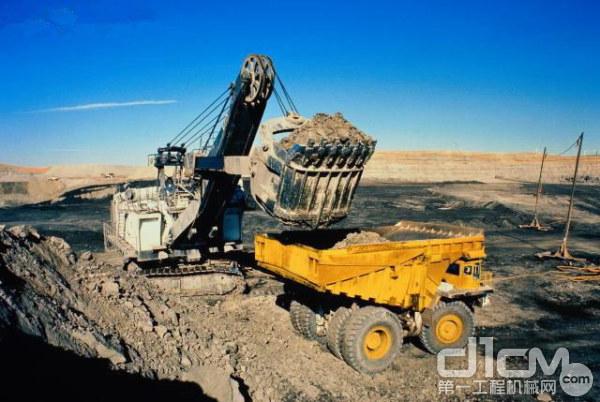 11月份采矿业增加值同比增长5.7%