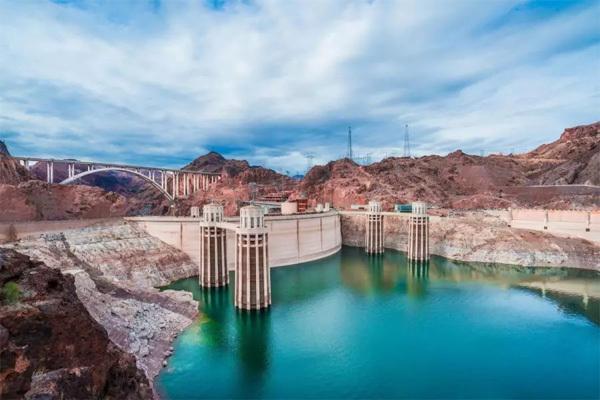 胡佛水坝(Hoover Dam)