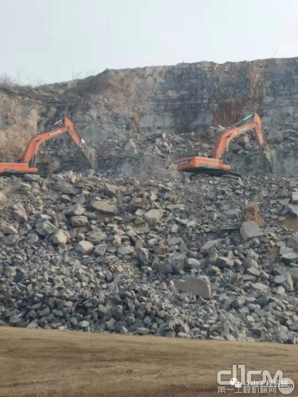 斗山挖掘机施工