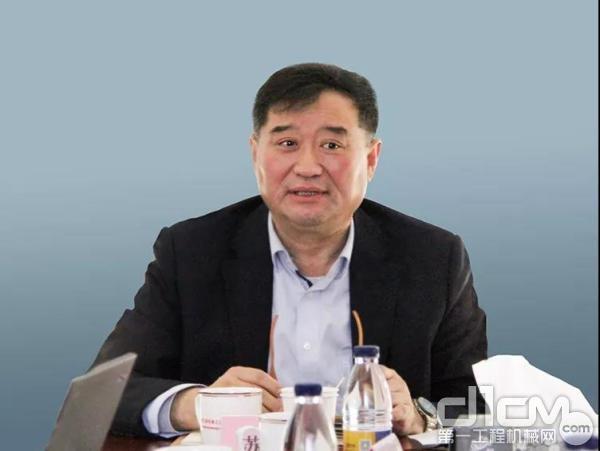 协会常务副会长兼秘书长苏子孟