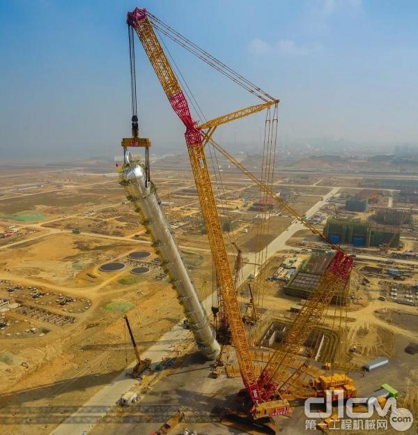 中科项目 第一高塔吊装现场