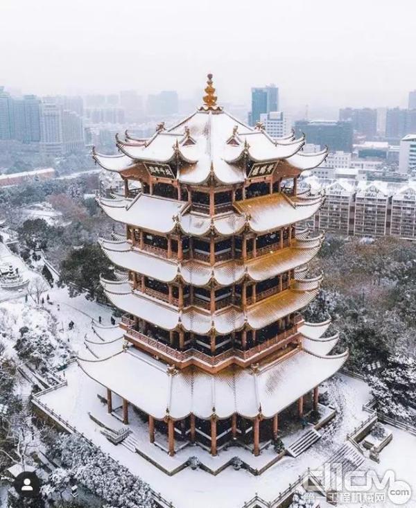 雪中的黄鹤楼欣赏一下
