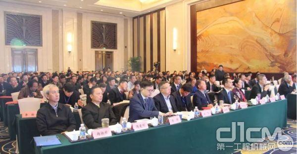 近300位行业大佬与嘉宾朋友们出席了本次活动