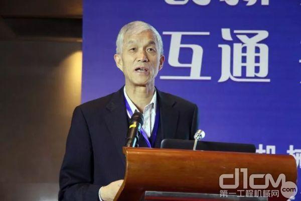 中国365bet体育工业协会会长祁俊作专题报告