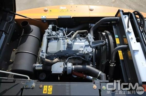 凯斯CX210C发动机