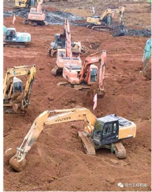 现代<a href=http://product.d1cm.com/wajueji/ target=_blank>挖掘机</a>参与火神山医院建设