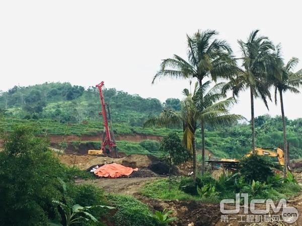 三一旋挖钻机施工现场