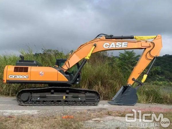 凯斯CX380C<a href=http://product.d1cm.com/wajueji/ target=_blank>挖掘机</a>