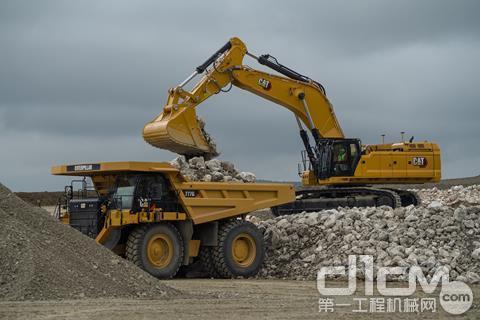 新一代Cat 395挖掘机