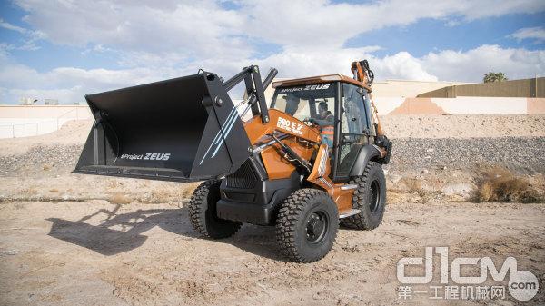 凯斯580 EV电动挖掘装载机