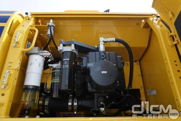 小松PC500LC-10M0主泵室