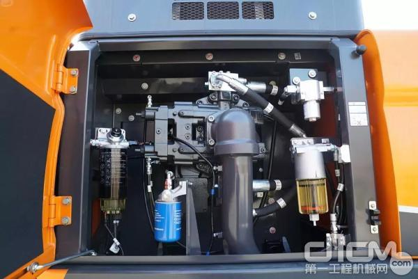斗山DX490LC-9C主泵室