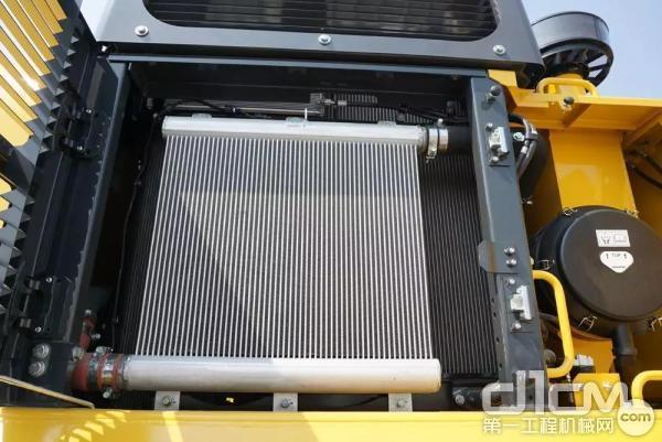 小松PC500LC-10M0散热系统