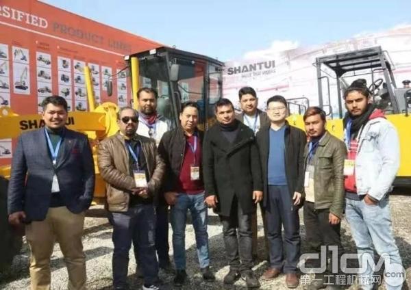 山推参与尼泊尔BUILDTECHEXPO2020展会