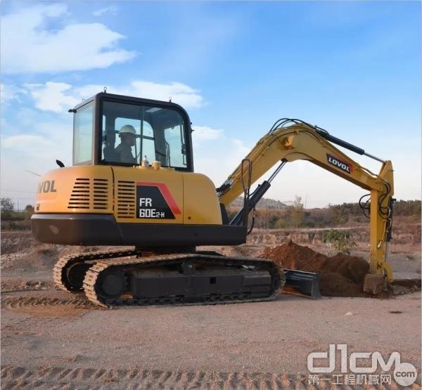 雷沃FR60E2-H挖掘机