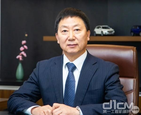 中国汽车工业协会常务副会长、秘书长付炳锋