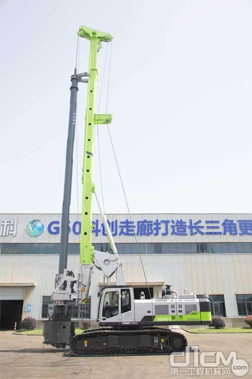 """中联重科旋挖钻机家族的新成员""""ZR240C-3"""""""