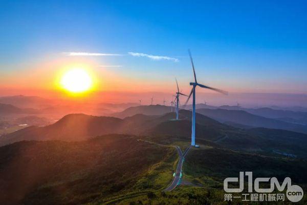 图丨宁夏风电场的三一风电机组