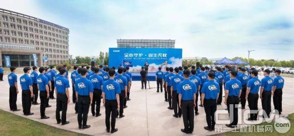 研发、质量、服务联合巡检团队代表