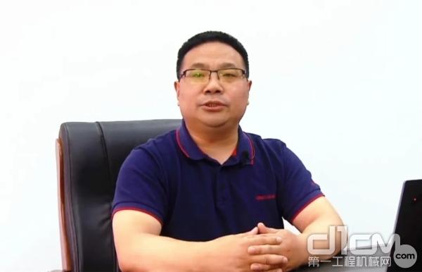 项目指挥长、工程车事业部总经理王振