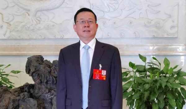 铁建重工集团董事长刘飞香