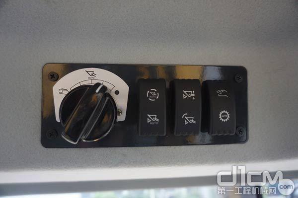柳工智能铲装装载机控制按键