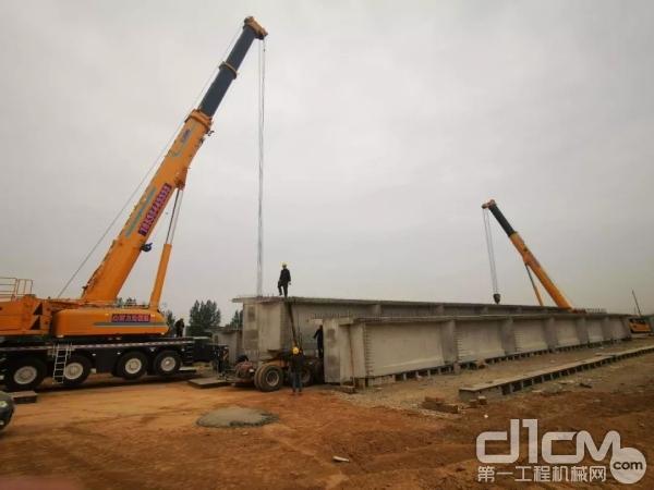徐工XCA300全地面起重机吊装现场