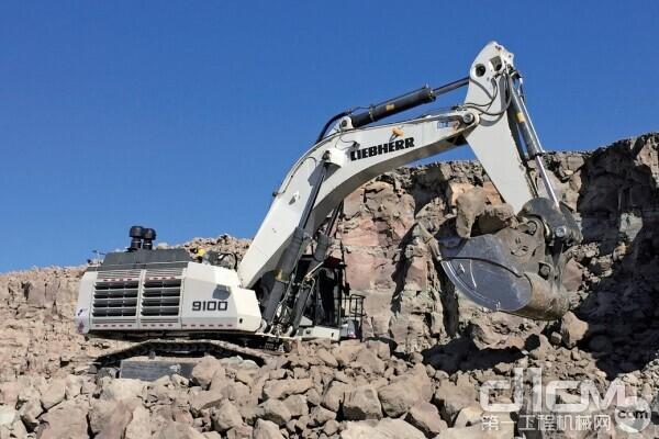 利勃海尔R 9150B反铲矿用液压挖掘机