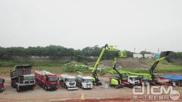 中联重科出动近20台高端装备参加应急演练