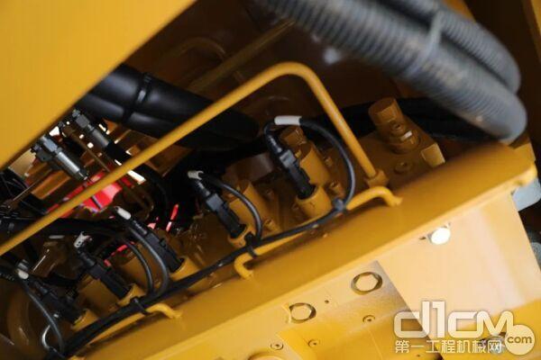 电比例负载敏感多路阀