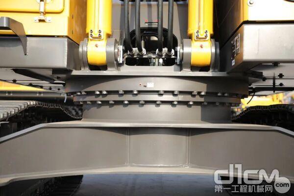 下架梯形横梁结构 承载能力强,耐用度高
