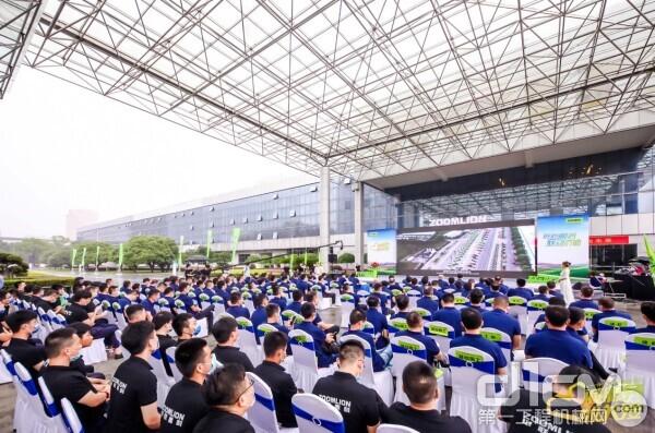 △中联重科2020服务万里行启动仪式现场