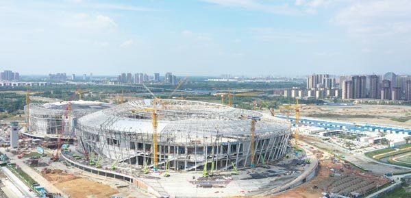 成都大运会凤凰山体育公园项目施工现场全景