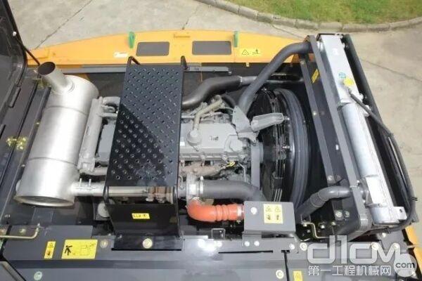 凯斯CX260C搭配了五十铃4HK1X发动机