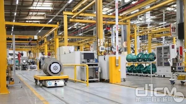 康明斯发电机技术中国工厂的车间