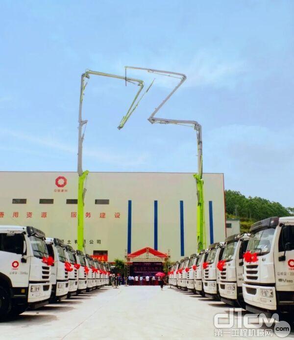 中联重科首批30台搅拌车、7台泵车、2台高压车载泵产品交付