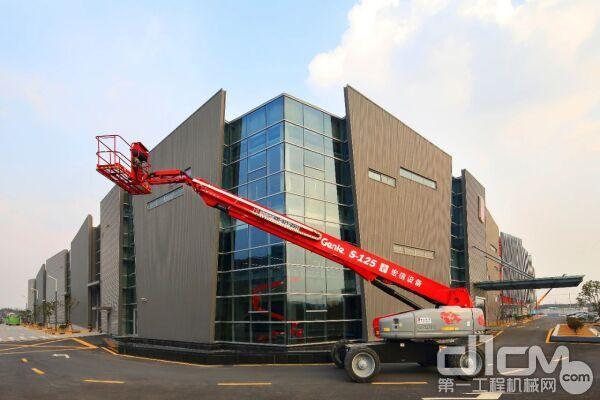 宏信建发高空作业设备数量突破40000台