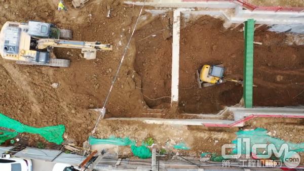 徐工挖掘机施工现场