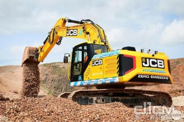 JCB(杰西博)行业首台氢动力挖掘机——220X
