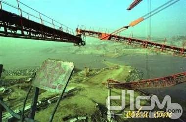 """三峡""""九三""""重大伤亡事故, 由于焊缝焊接缺陷直接导致"""