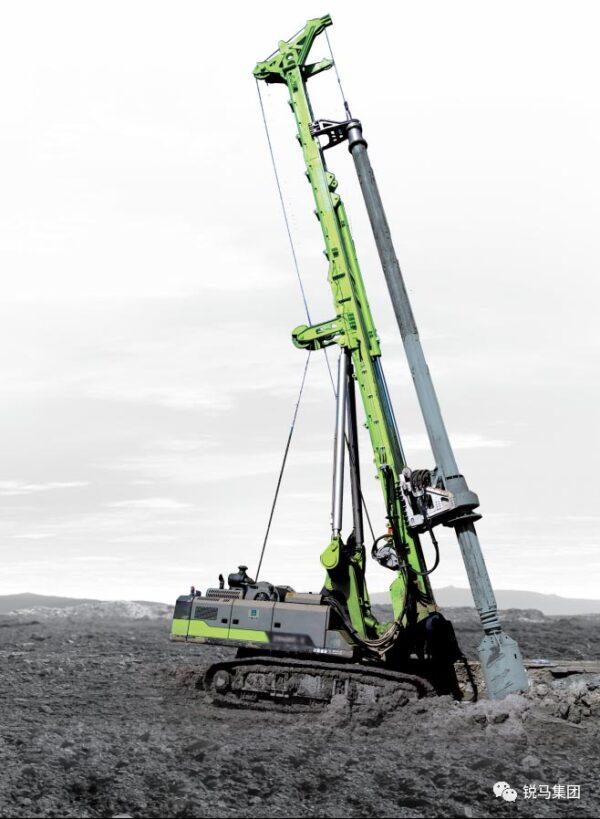 旋挖钻机的工作原理