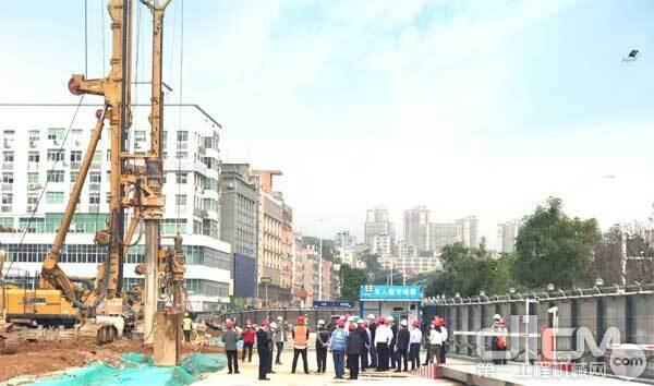 深圳市委常委杨洪及相关领导前往一线视察指导工作
