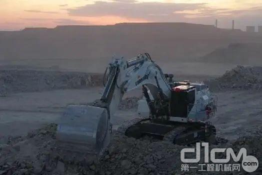 利勃海尔矿用液压挖掘机在新疆市场累计超过了10台