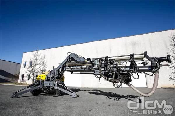 安百拓FlexiROC T20R是不折不扣的多用途钻机