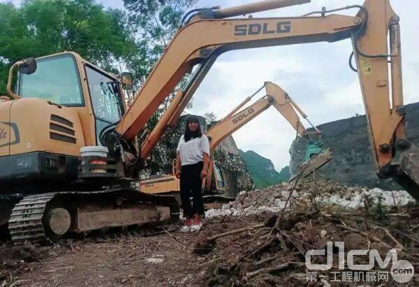 李金龙拥有了属于自己的挖掘机——临工660挖掘机