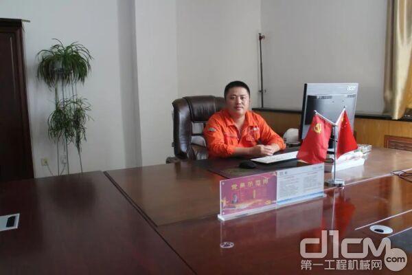 张涛,中国能建葛洲坝易普力新疆爆破工程有限企业准东分企业副经理